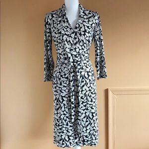 Ann Taylor Loft Floral Print Wrap Dress Size 8